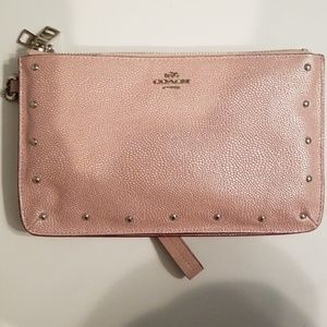 CONVERTED WRISTLET AND CROSSBODY COACH